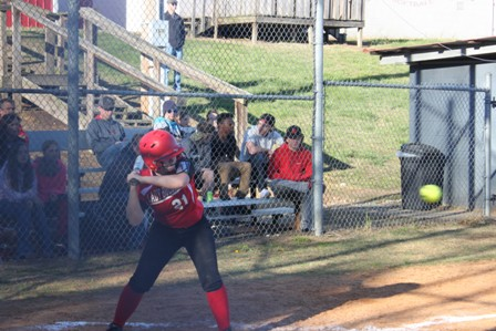 Lady Bulldog Softball Wins at Trousdale County