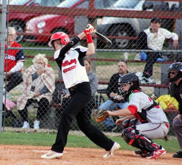 Bulldogs Split with Clay County