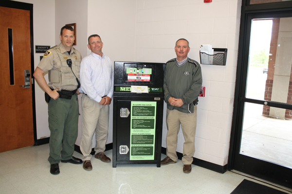 Sheriff's Dept. & DEA Team Up for Nat'l Drug Take Back Initiative, April 28