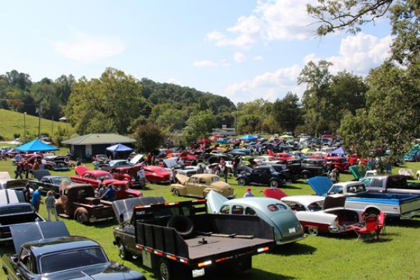 63rd Annual Antique Car Show at the Thomas House Hotel, Sept. 7!